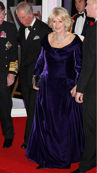 Фото №10 - Как королевские особы носят украшения с бирюзой: самые эффектные выходы