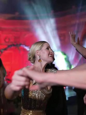 Фото №25 - Королевский размах: шесть свадебных платьев леди Китти Спенсер