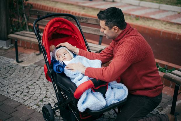 Фото №1 - Неловко вышло: муж по ошибке принес домой ребенка любовницы