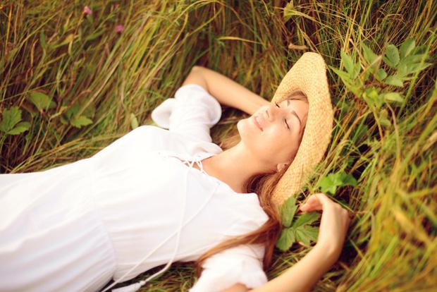 Фото №1 - Нежная защита: заботимся о коже летом