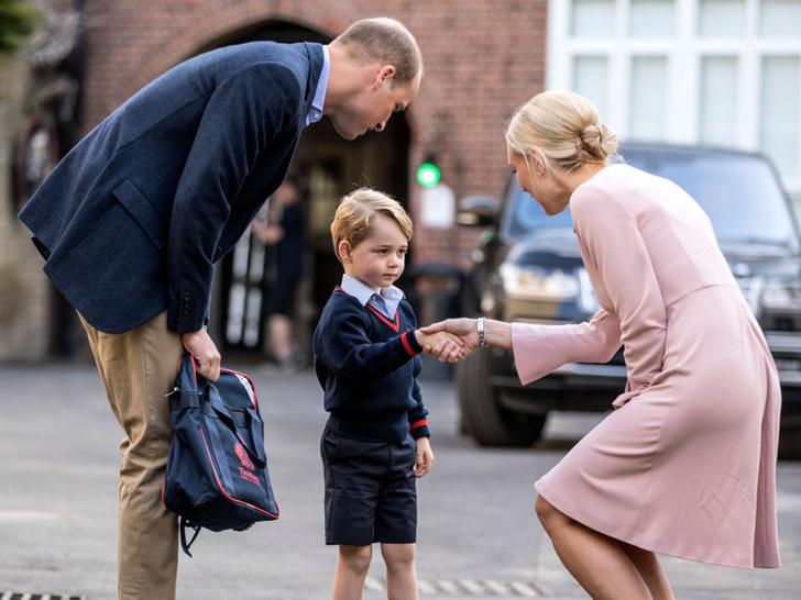 Фото №3 - Почему принцесса Шарлотта не может пользоваться своим титулом в школе
