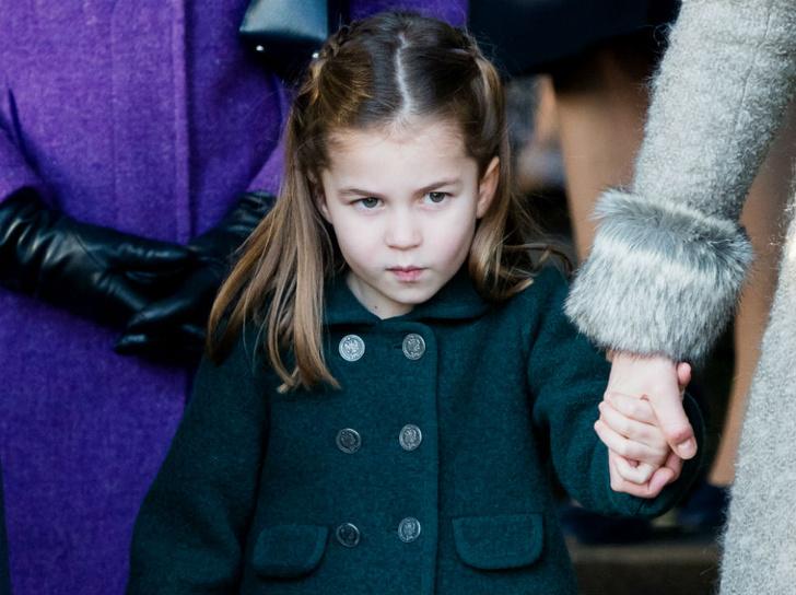 Фото №1 - Старомодная аристократическая традиция, которой подчиняется принцесса Шарлотта