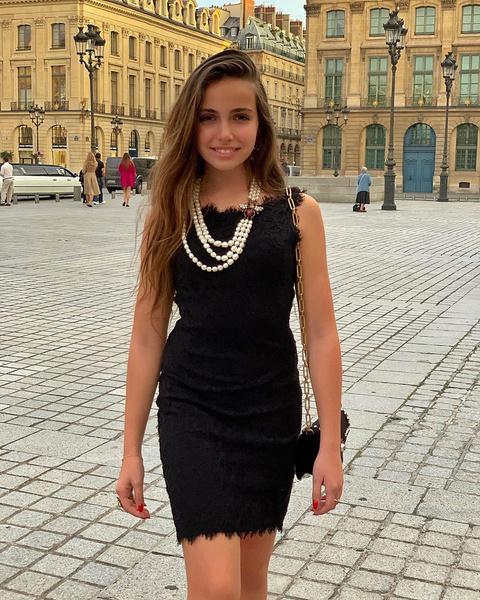 Фото №1 - «Уже реально большая»: Тоня Худякова отметила 14-летие