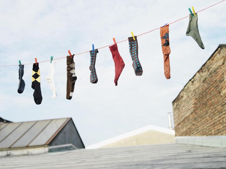 Фото №4 - Как правильно хранить пуховик, костюм, свитер и носки