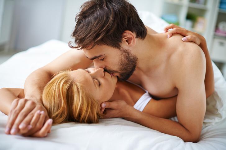 Фото №3 - От 18 и старше: чего ждут от секса мужчины разных возрастов