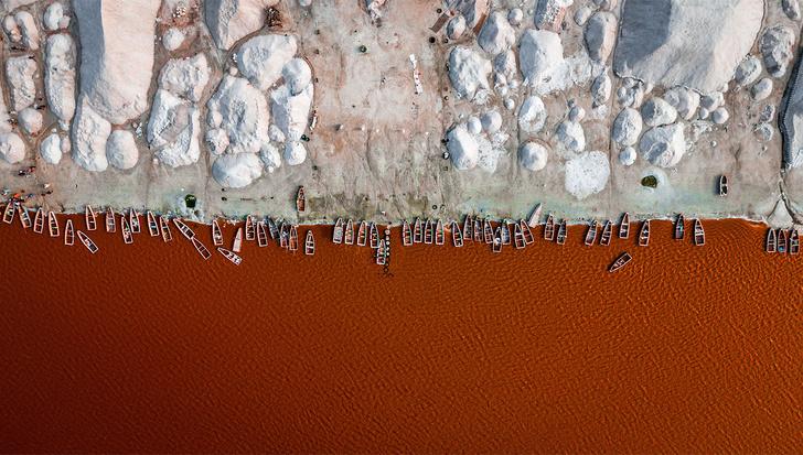 Фото №1 - Розовое озеро Ретба— едва ли не единственная достопримечательность Сенегала