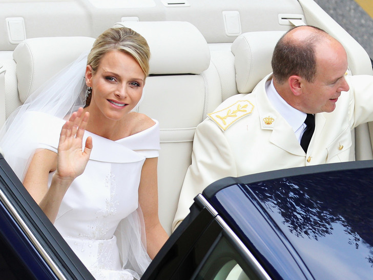 Фото №1 - Тайны «печальной принцессы»: действительно ли Шарлен пыталась сбежать со своей свадьбы