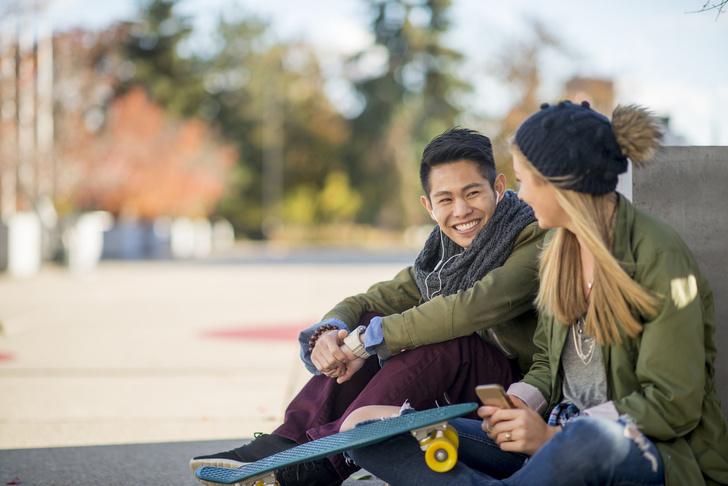 Фото №2 - Что делать, если нравится парень: как понять, чего ты хочешь, и признаться в чувствах