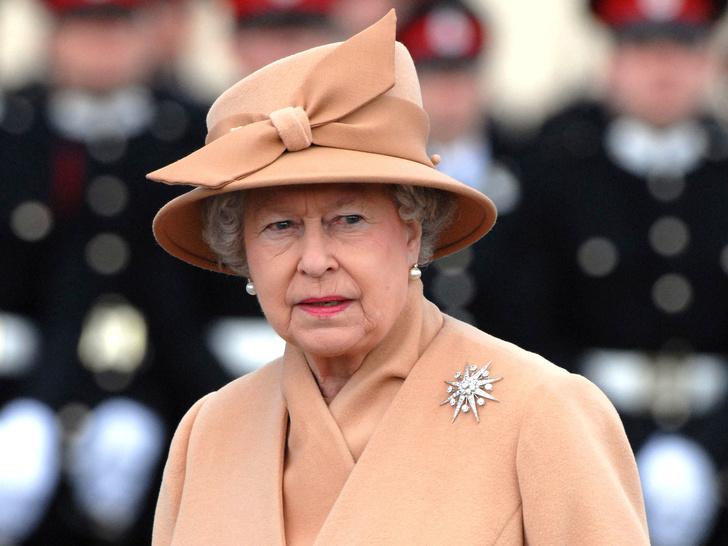 Фото №1 - Самое необычное прозвище Королевы