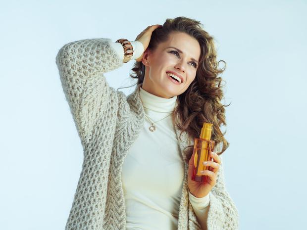 Фото №3 - Почему волосы электризуются зимой, и как быстро решить эту проблему