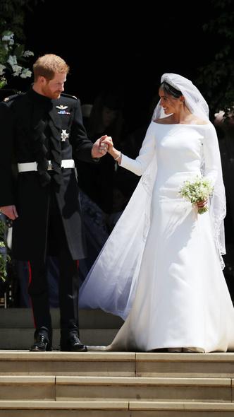 Фото №4 - Вдохновилась: чье свадебное платье на самом деле скопировала герцогиня Меган