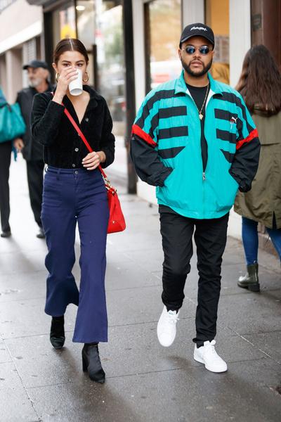 Фото №1 - Как носить джинсы клеш: вдохновляемся образами streetstyle-героинь
