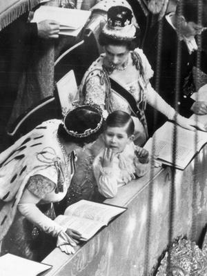 Фото №4 - Новый король— новые правила: почему Чарльз может нарушить коронационные традиции, которым уже 900 лет
