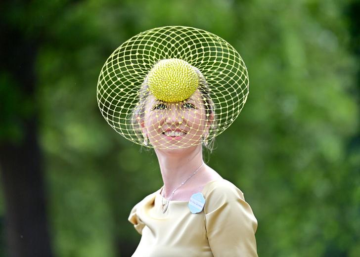 Фото №24 - Лучшие образы на открытии Royal Ascot 2021 (и немного безумных шляп)