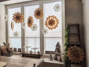 Фото №8 - Бюджетно и красиво: Как украсить дом к Новому году без лишних затрат 💫