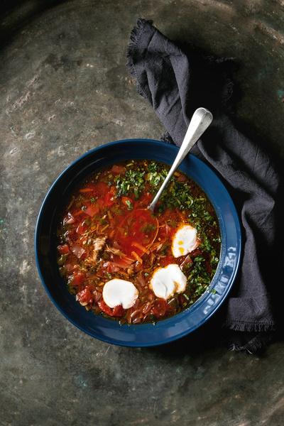 Фото №3 - Ты же леди: как правильно есть супы и другие жидкие блюда