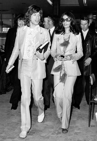 Фото №30 - Королевы рока: самые стильные жены и подруги культовых рок-звезд