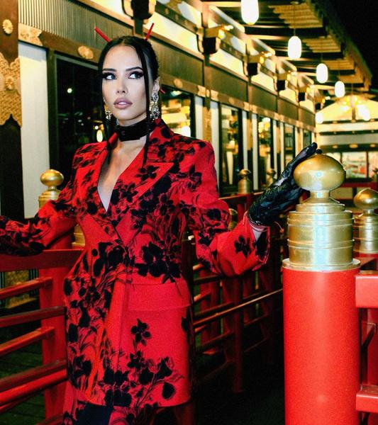 Фото №1 - «Для чувственных ночей»: Анастасия Решетова занялась производством нижнего белья