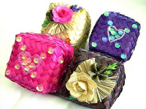 Фото №13 - Как красиво упаковать подарок: 15 идей