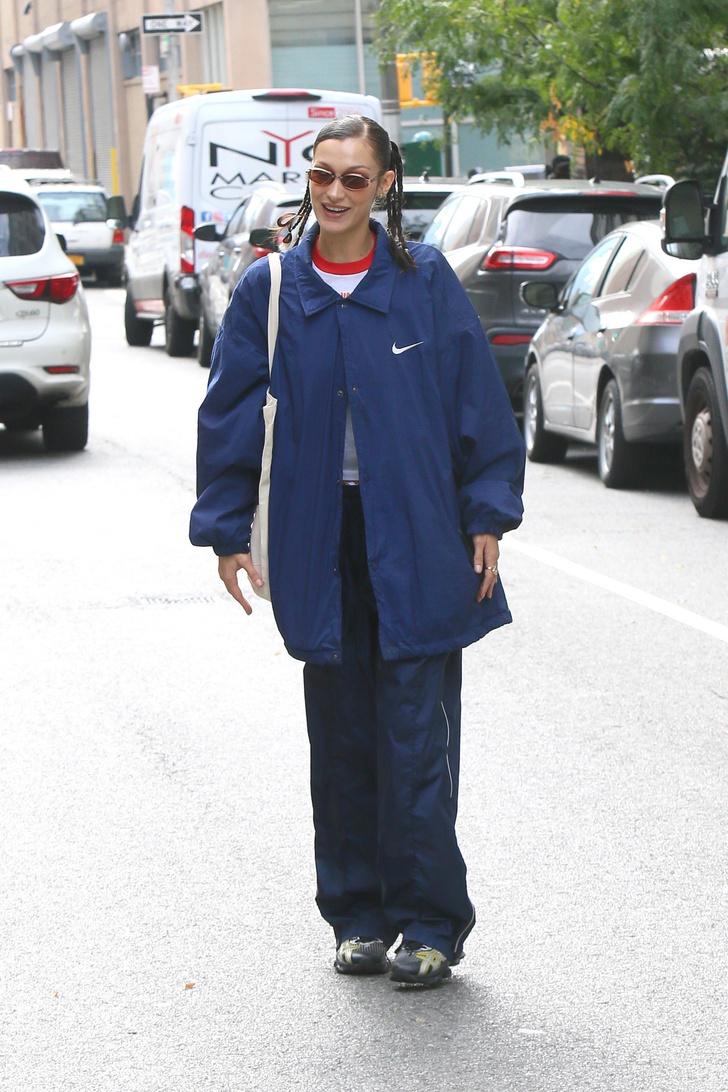 Фото №1 - Если и носить спортивный костюм вне зала, то именно такой, как у Беллы Хадид