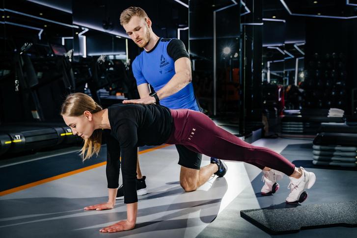 Фото №2 - Прокачай себя! Тренировка c REBOOT LIVE # 7. Программа Arms&Shoulders.