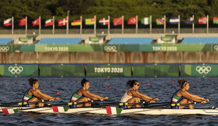 Фото №3 - Нашествие устриц, сбежавший штангист и отстранение России: чем запомнится начало Олимпиады в Токио