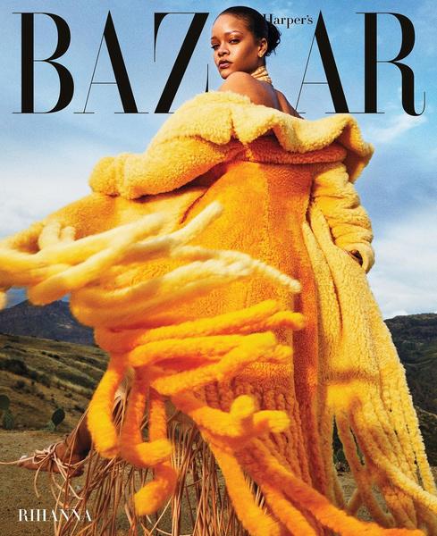 Фото №1 - Fashion-факап: пальто Хейли Бибер сравнили с половой тряпкой