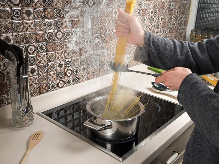 Фото №9 - 10 вещей на кухне, которыми вы пользуетесь неправильно (и не подозреваете об этом)