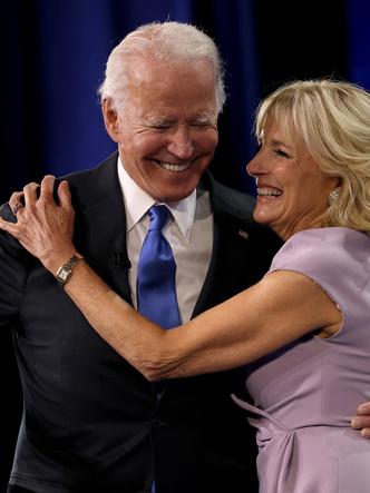 Фото №2 - Время Первых леди: какие часы носят жены президентов США