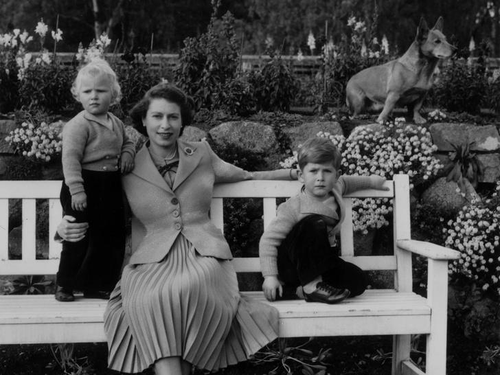 Фото №2 - Другая Елизавета: как вступление на престол изменило Королеву