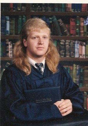 Фото №8 - Взрыв из прошлого: если в моду вернутся прически из 80-х…