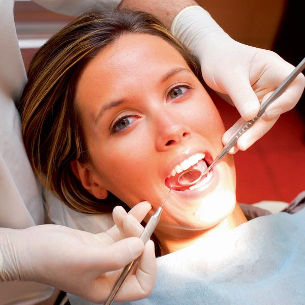 Фото №1 - Можно ли беременным лечить зубы?