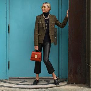 Фото №9 - Модные лайфхаки: как подобрать цвет сумки под свой аутфит