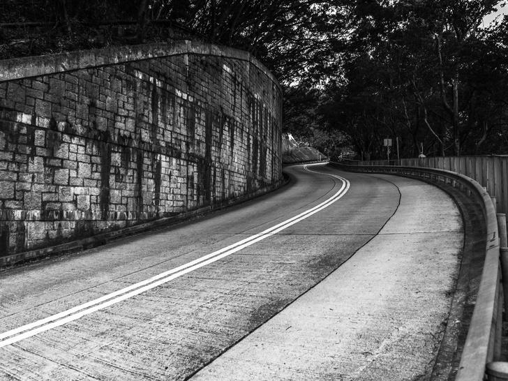 Фото №8 - Шоссе смерти: 7 самых жутких дорог в мире, на которых можно встретить призраков
