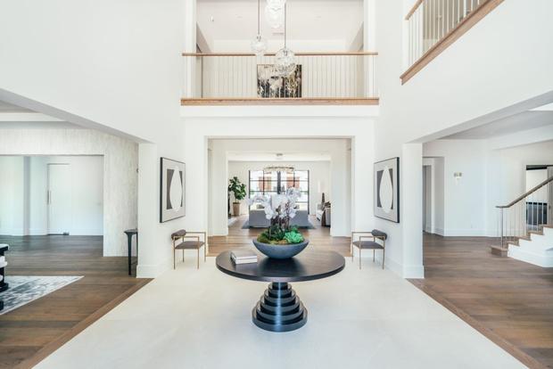 Фото №4 - Мадонна купила бывший дом рэпера Weeknd в Калифорнии