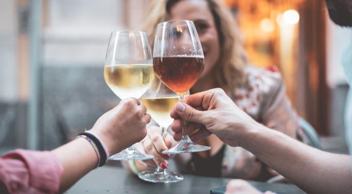 7 мифов о женском алкоголизме
