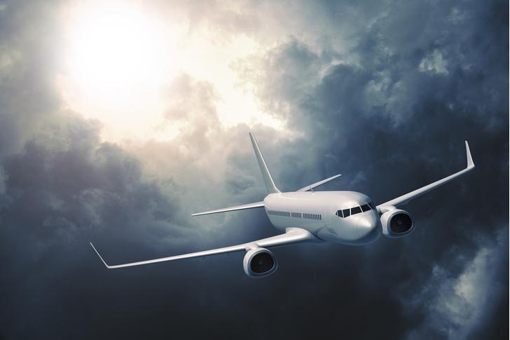 Фото №1 - Отчего в самолете возникает «болтанка»?