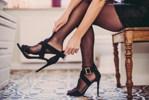 Фото №3 - Без мозолей: 6 лайфхаков для тех, кто всегда натирает ноги