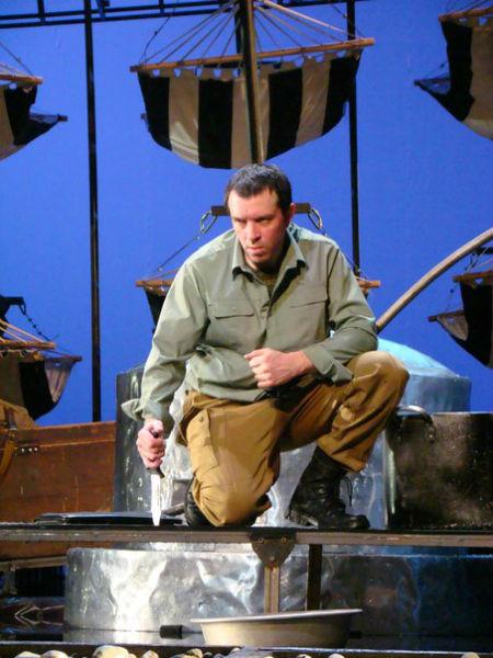 Фото №5 - Играя, сердце разбивают: двенадцать омских актеров-красавцев. Голосуем!