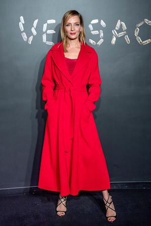 Фото №2 - Ума Турман показала идеальное красное платье для блондинок