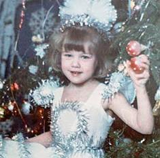 Зайчики, Снежинки: кем были звезды на новогодних утренниках