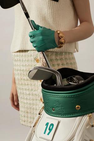 Фото №2 - Богги и броги: играйте в гольф и носите винтаж на майских праздниках