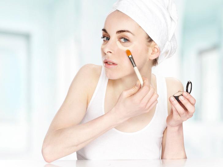 Фото №1 - Как сделать идеальный макияж за 10 минут: пошаговая инструкция