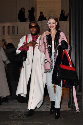 Фото №4 - Наоми, Шейк, Водянова: чем запомнились главные красавицы на Неделе моды