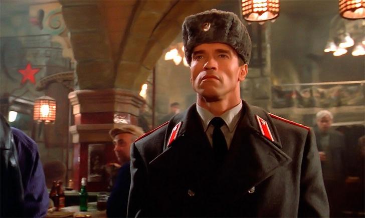 Фото №2 - 12 самых бредовых фильмов про Россию. В порядке нарастания градуса клюквы