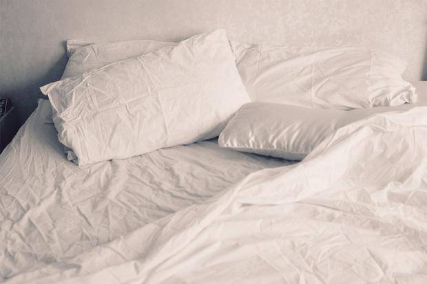 Фото №6 - То, как у тебя на кровати лежат подушки, может рассказать о твоем типе личности (мнение психолога)
