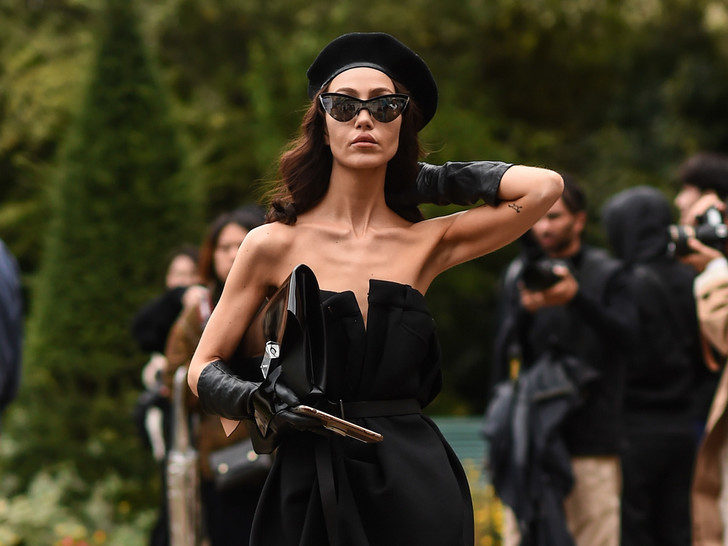Фото №13 - Настоящий французский стиль: 5 вещей, которые есть у каждой парижанки