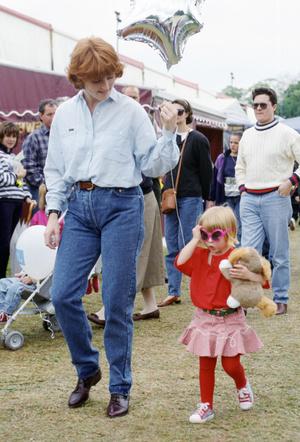 Фото №11 - Запретный плод: как королевские особы носят джинсы
