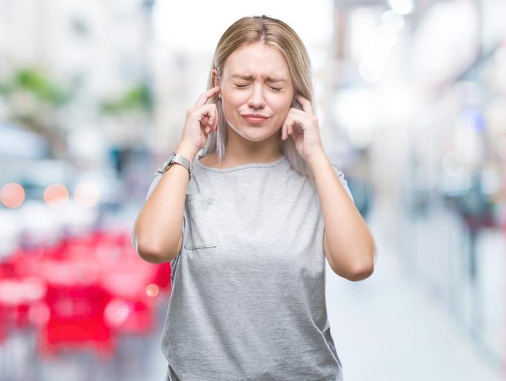 Фото №3 - Врачи назвали страшные причины шума в ушах