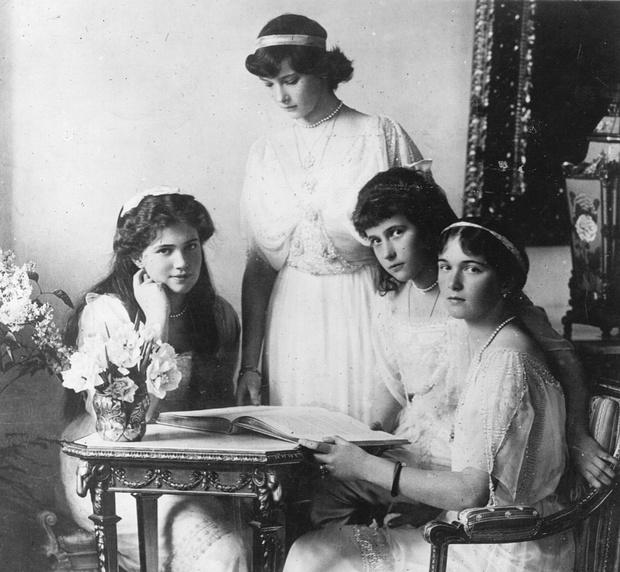 Фото №3 - «Дочь отца», «Гувернантка», «Мадам Бэккер», «Швыбзик»: какими были, что и кого любили великие княжны Романовы